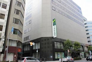 三井住友銀行 大阪西支店 240m