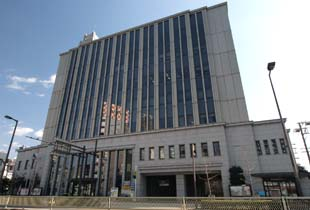 大阪市港区役所 700m