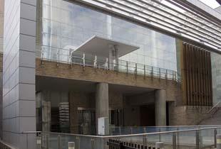 阿倍野図書館 210m