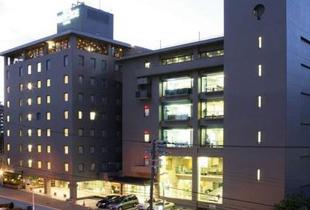 大阪リバーサイドホテル 350m