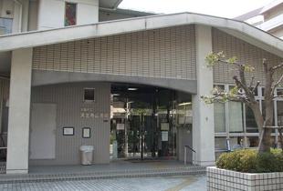 天王寺図書館 260m