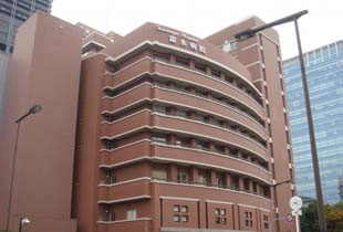 富永病院 350m